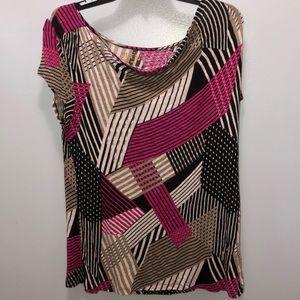3/$10🌸woman's shirt size XL🌸 🎞SALE🎞 pick 3/$10